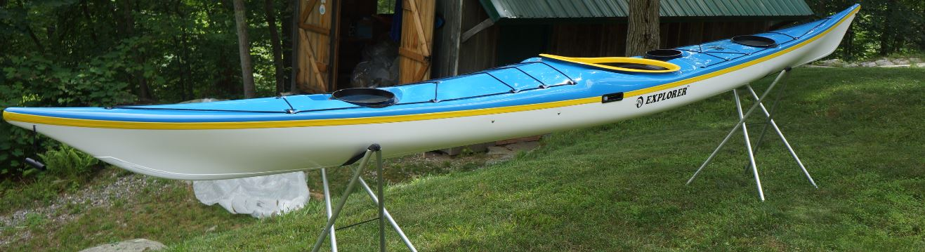 Blue / Yellow/ White.  Wire Skeg.  Extras – White Keel Strip.  Standard Lay Up.